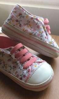 Sepatu prewalker bagus bgt
