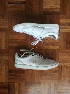Fred Perry Tennis Shoes - US SZ 8