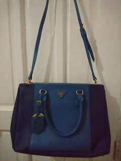 Pre owned Prada Saffiano 2 way- one item only