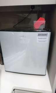 Europace mini bar freezer