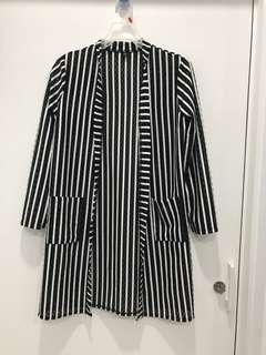 🚚 長版黑白條紋罩衫