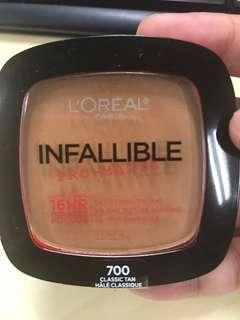 LOREAL INFALLIBLE PRO MATTE 16HR POWDER SHADE 700 CLASSIC TAN