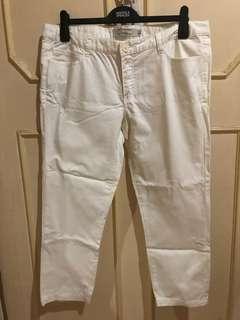 Giordano Cropped Khaki Pants in White