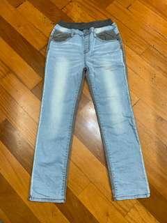 Kingkow 童裝褲,全新150碼,100元有意聯繫。