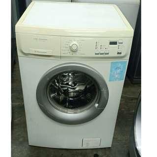 FROND LOAD MACHINE ELECTROLUX 7KG TIME MANAGER