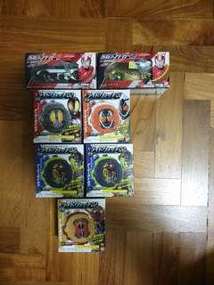 Kamen rider Zi-o and drive candy toys
