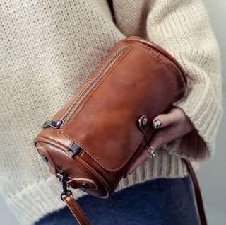 Sling Bag Light Brown
