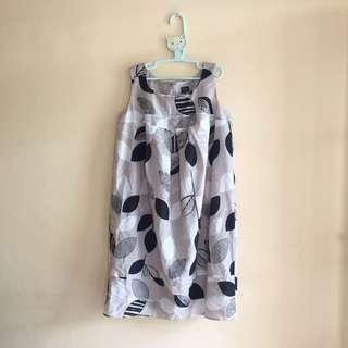 Dress motif cream