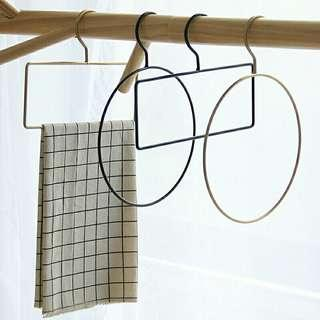 Gold/ Black:  Circle /Rectangle Hanger
