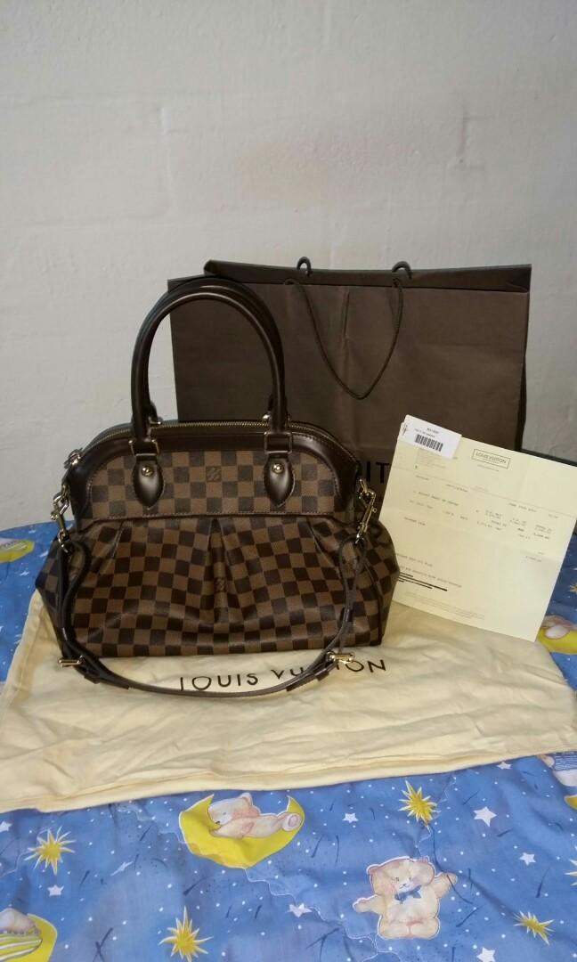 46a0aa8d6ac8 Fire Sale!! Authentic Louis Vuitton Trevi PM Shoulder Bag N51997 ...