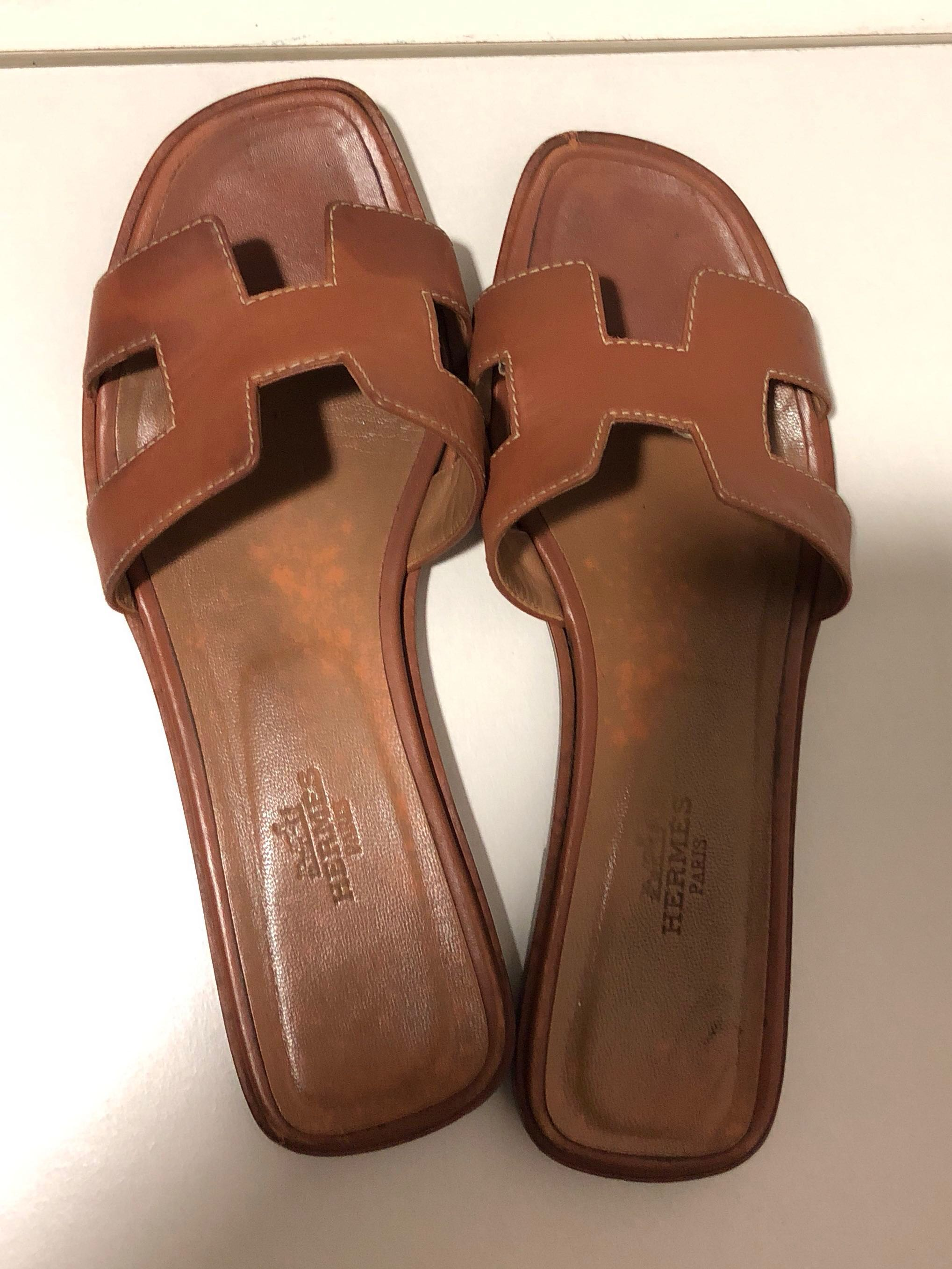 4fc5521909c4 Hermes Oran Sandals Gold (used)
