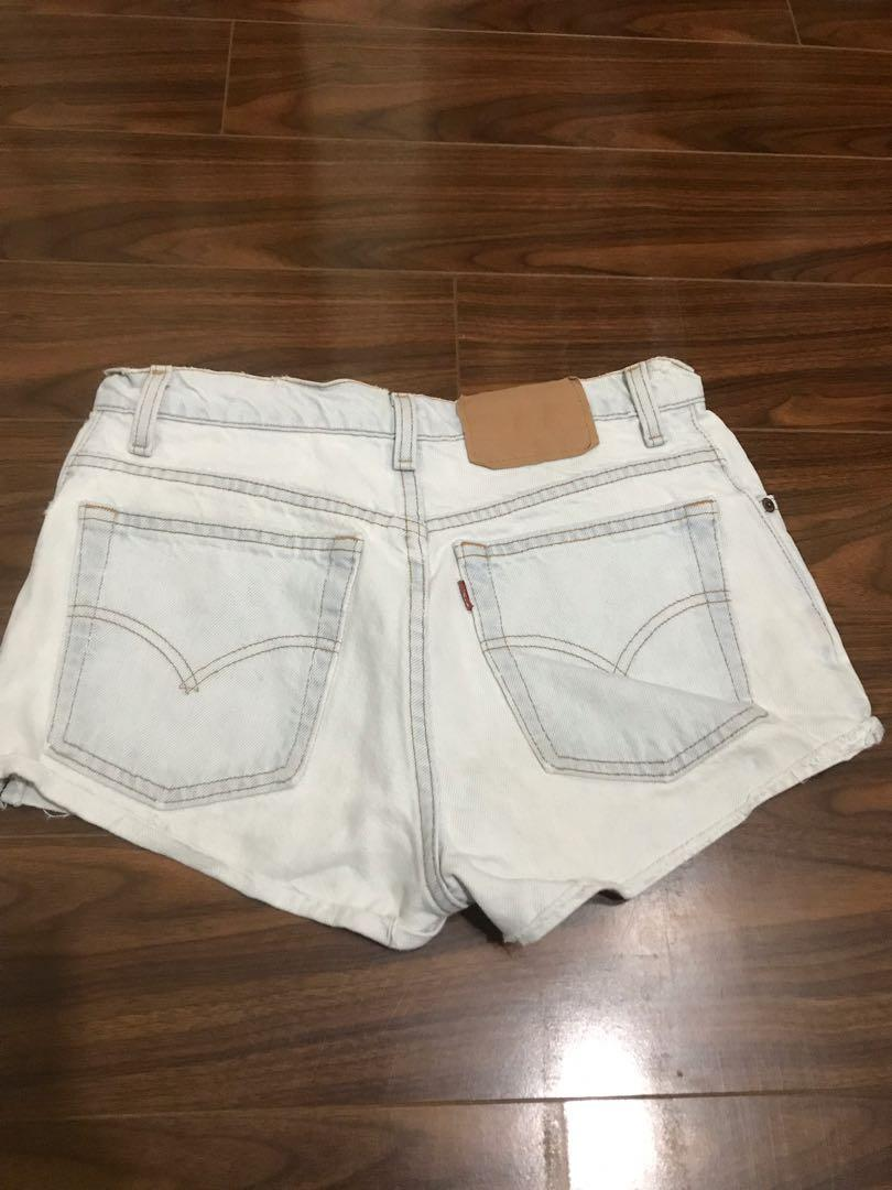 Levi's - Lightwash Shorts