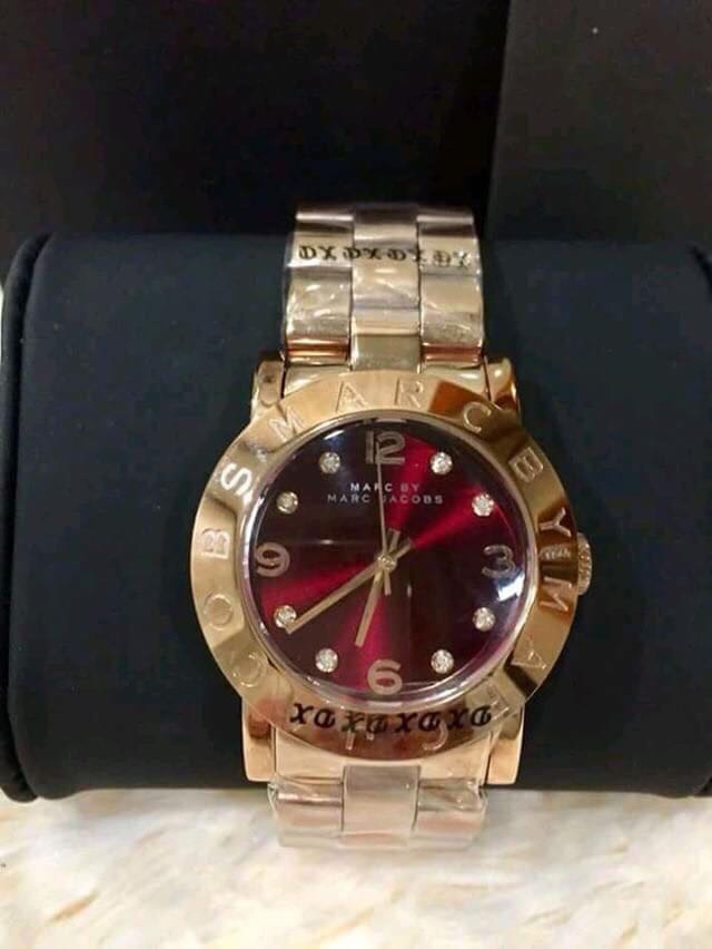 501187ce94705 Marc Jacobs Watch, Luxury, Watches on Carousell