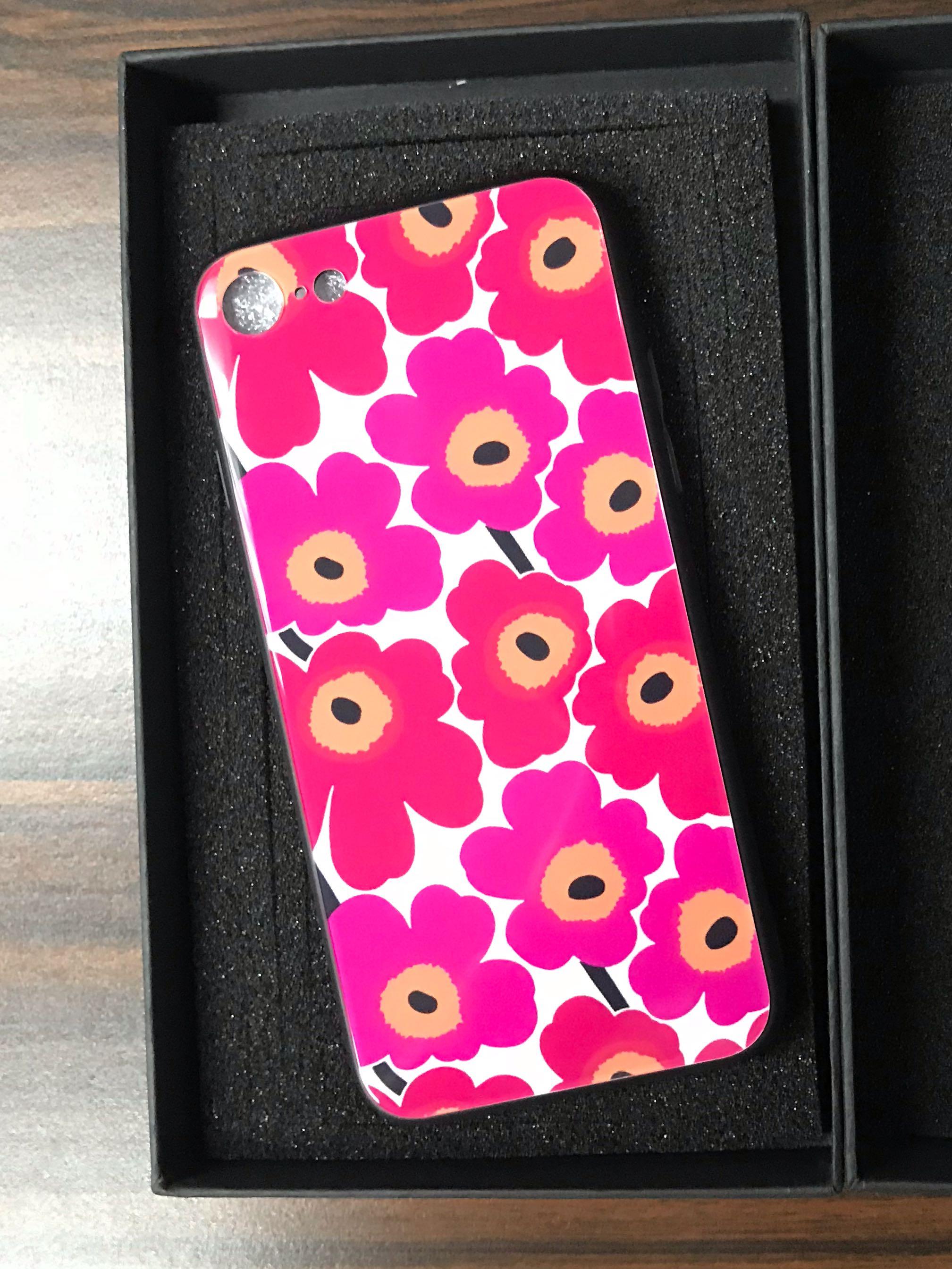 buy online ea48c 5b8d9 Marimekko iPhone 7/8 casing