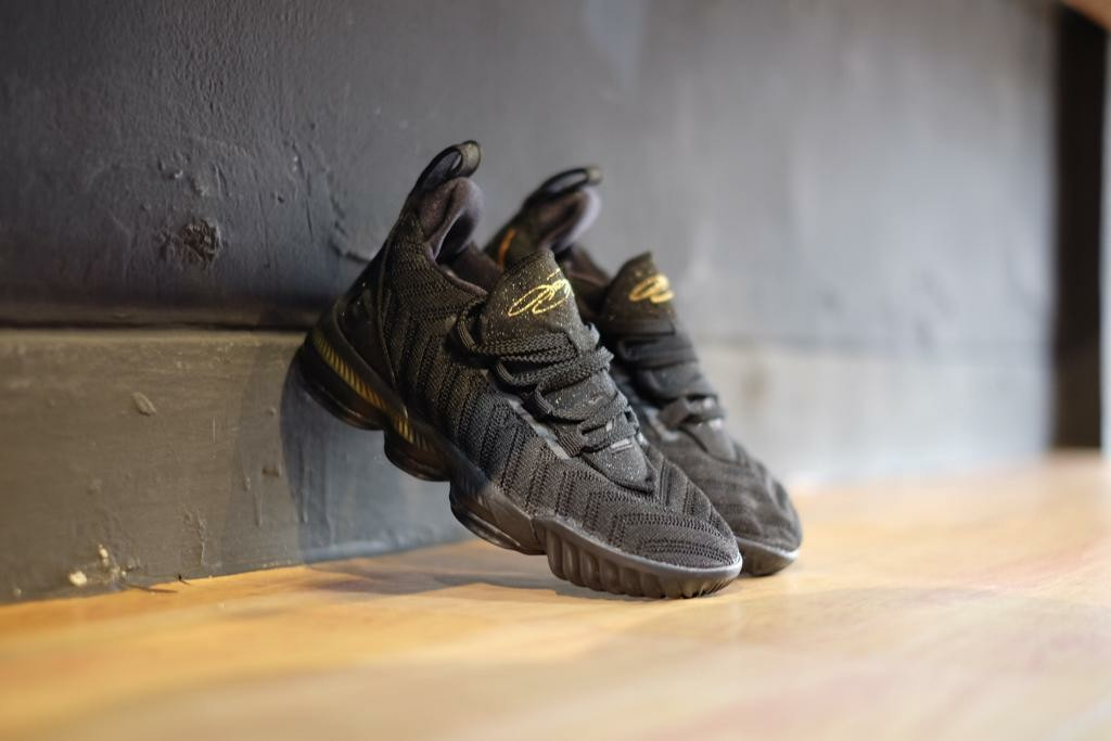 9f950c8f6ba Nike Kids Lebron 16 Signature King Black Gold Kods  momjualan ...