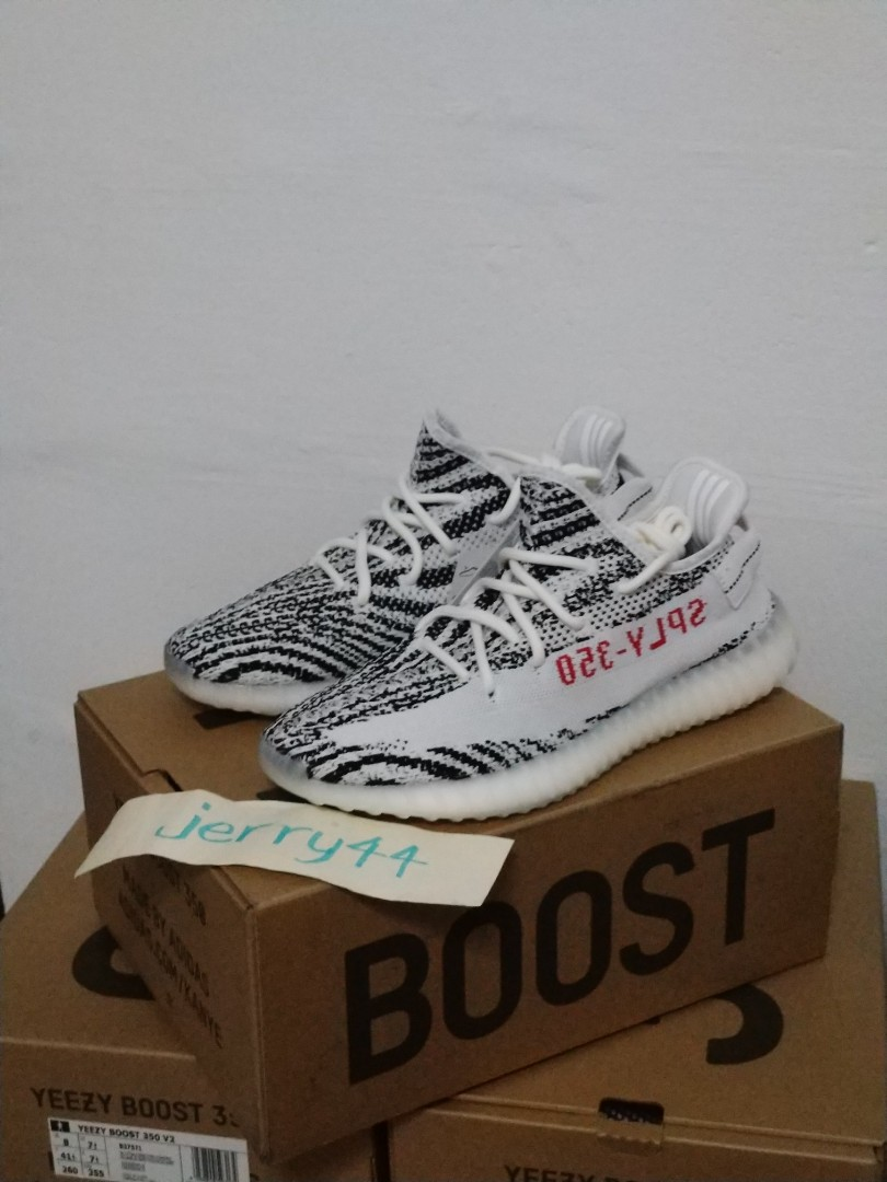 92cfa76181308 Size UK8 US8.5 Yeezy 350 V2 Zebra (on hand)
