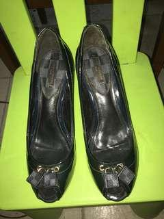 Louis Vuitton Size 38