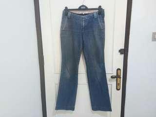 Blue Jeans wanita
