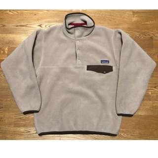 米白 Patagonia snap-t fleece 保暖 輕量 刷毛 套頭衫 XS 外套 帽T