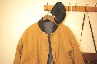 🚚 古著棉厚軍式風格土色大衣