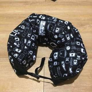 馬來貘頸枕 正版授權 有扣環可調整長度 元氣貓咪連帽毯 爽爽貓小板凳