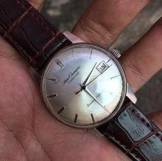 Jam tangan Seiko Champion Calendar