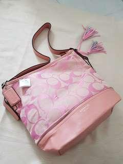 Gred coach pink bag