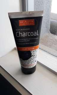 Activated charcoal blackhead face mask