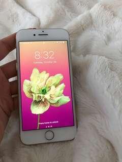 REDUCED PRICE!!! iPhone 7-32GB