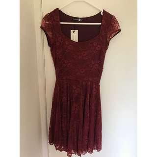 New Boohoo Dress Size 6