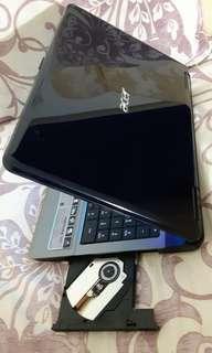 Acer 15.6 inchi coreduo cpu