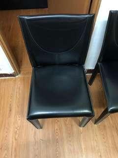 意大利品牌 arper 真皮食飯椅每張300