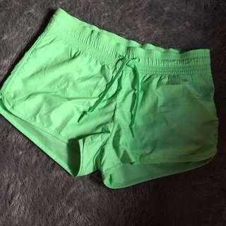 H&M Sporty Short