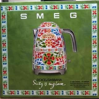 Brand-new with warranty SMEG X DOLCE & GABBANA KETTLE