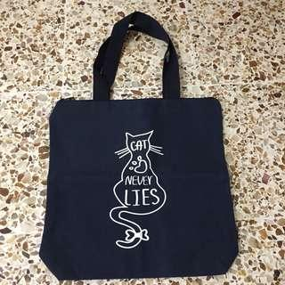 Navy cat bag tote