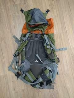 Highsierra Backpack 45-60litre with rain cover