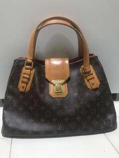 LV Bag 100% authentic