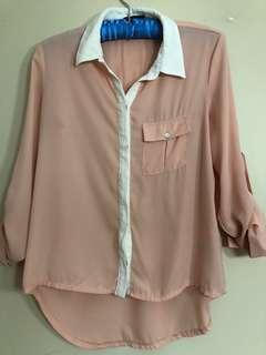 ⚡️CLEARANCE ⚡️Peach blouse UK2LA