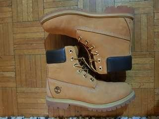 Timberland boots Sz 8 womens