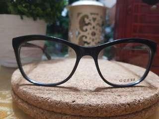 PD 900 Guess Eyeglasses/Frame GU1609
