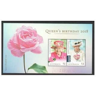 🚚 AUSTRALIA 2018 QUEEN'S BIRTHDAY (EMBOSSED ROSE, ROYALTY) SOUVENIR SHEET OF 2 STAMPS IN FINE USED CONDITION