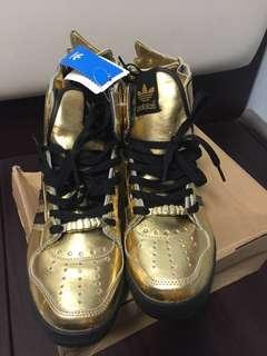 全新絕版Adidas金色翼鞋JS WINGS