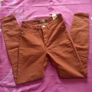 Sz 26. Pull&Bear Brown Jegging