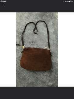 Tas sling bag preloved authentic