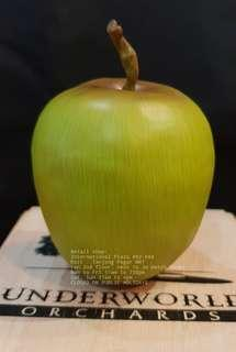 Sideshow Exclusive Green Apple Underworld Life size 1/1 Scale