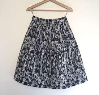 Womens Forcast skirt size 6