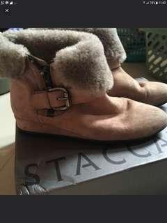 Sepatu boot merk staccato size 38