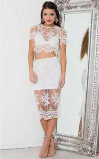 Showpo princess Polly white lace sheet two piece set skirt and top 8-10