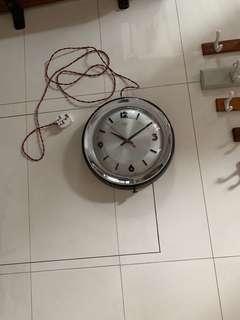 12 inch diamond clock