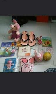 Preloved winnie the pooh and friends stuffs